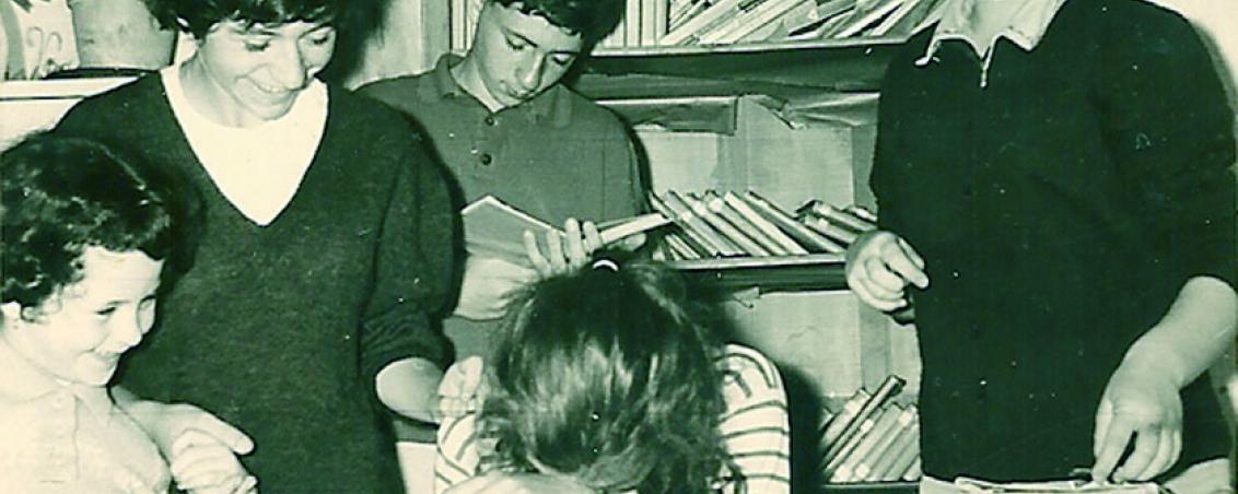 La bibliothèque, lieu incontournable de la colo. 1960