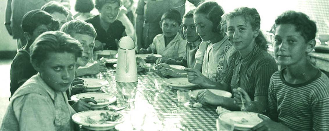 Les enfants à l'heure du repas
