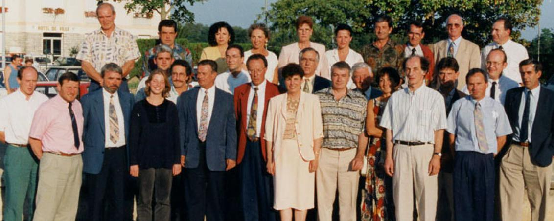 Le Conseil municipal de Tarnos en 1995, autour de Pierrette Fontenas