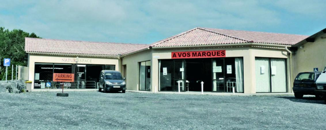 L'actuel espace commercial la Yayi en 2010, Ville de Tarnos