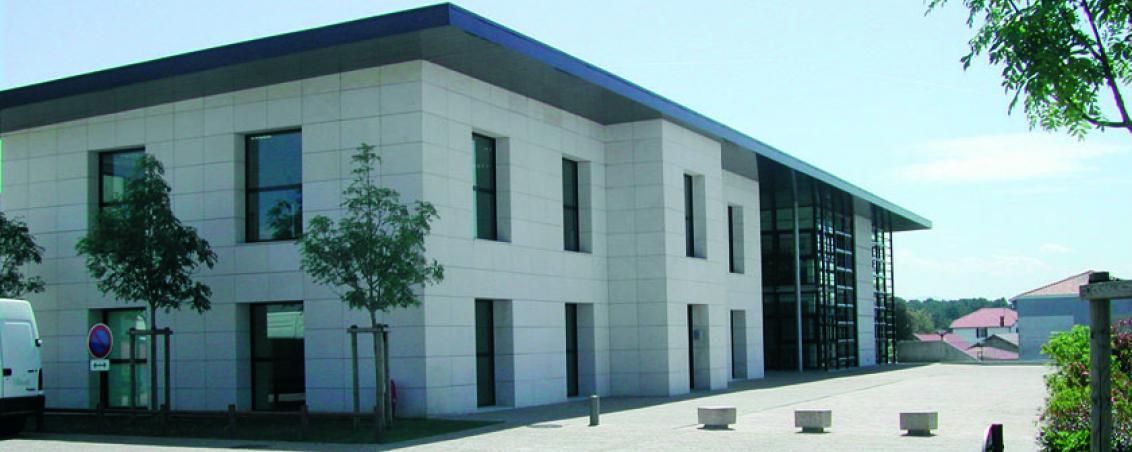 L'Hôtel de Ville en 2007, Ville de Tarnos