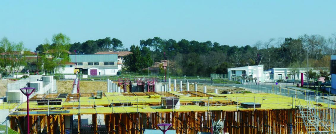 Les travaux de construction de la médiathèque en 2009, Ville de Tarnos