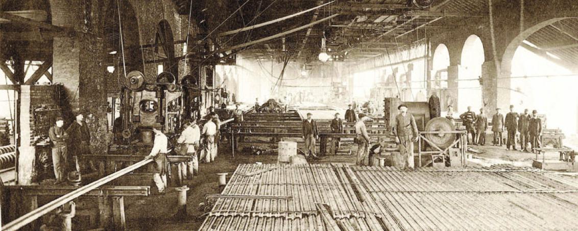 Atelier de finissage des rails. Non daté, Ville de Tarnos