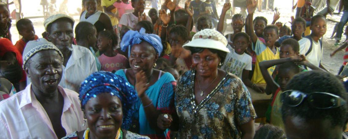 Délégation tarnosienne à l'inauguration du lycée bissau-guinéen. 2012
