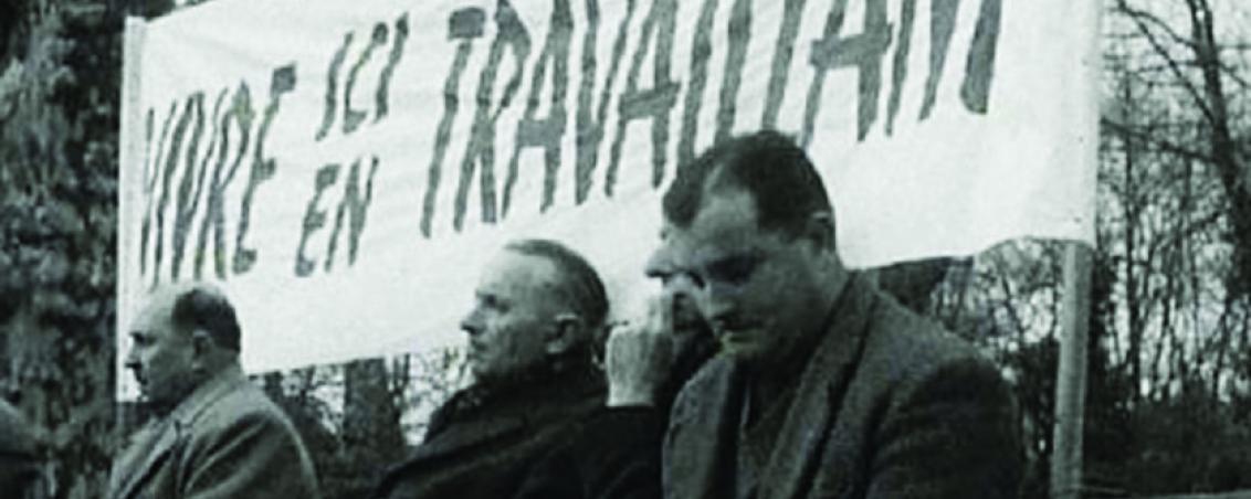 Rassemblement, place Saint-Charles, des ouvriers des Forges de l'Adour en grève, suite à l'annonce de la fermeture du site. 1962, Empreinte Landaise : http://fresques.ina.fr/landes/